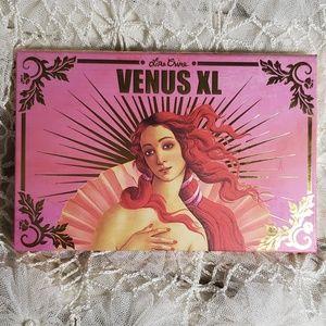 Venus XL Palette